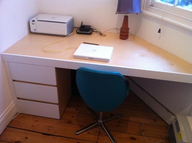 Bespoke built-in desk, Stoke Newington London