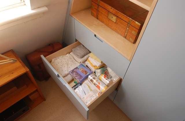 Birch plywood drawer boxes on soft close runners