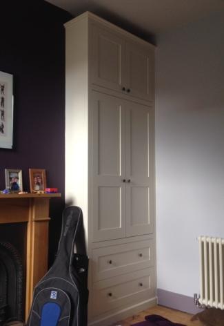 Bespoke shaker style alcove wardrobe, Hackney